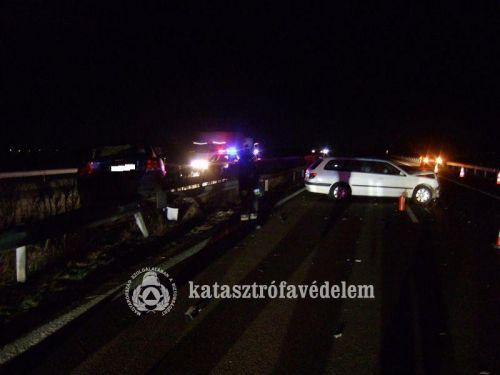 baleset_ejszakautopaly.jpg